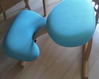 学習椅子.jpg